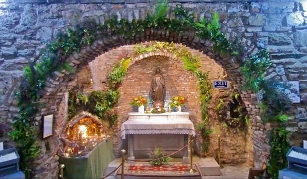 Meryem Ana Mezari Meryem Ana Evi